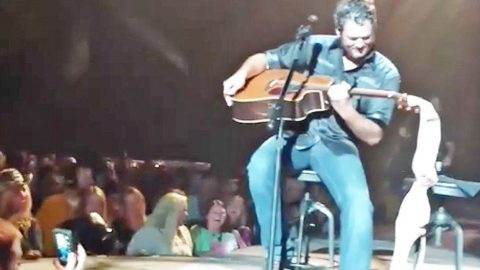 Blake Shelton Delivers Brutal Response To Unwanted Gift From A Fan | Country Music Videos