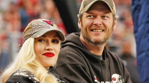 Gwen Stefani Hysterically Reveals Who She's The Most Jealous Of | Country Music Videos