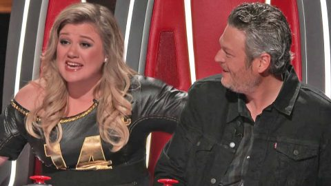 'The Voice' Introduces Game-Changing New Rule To Blind Auditions | Country Music Videos