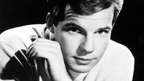 Beloved 1960s Pop Singer Dies At 73   Country Music Videos