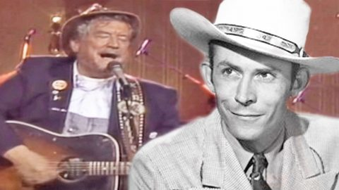 Boxcar Willie Performs Mind-Blowing Medley Of Hank Williams' Biggest Hits | Country Music Videos