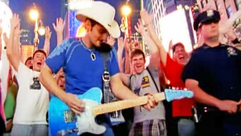 Brad Paisley Kicks Off New Year With Reflective Song 'Welcome To The Future' | Country Music Videos
