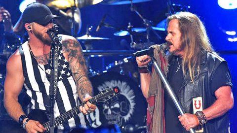 Brantley Gilbert & Lynyrd Skynyrd Perform Gritty Renditions Of Skynyrd's Biggest Hits   Country Music Videos