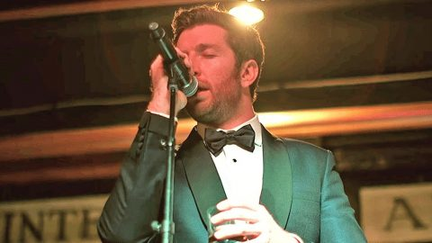 Top 4 Times Brett Eldredge Swept Us Off Our Feet With His Jazzy Frank Sinatra Covers | Country Music Videos