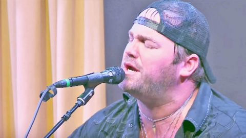 Lee Brice Gives Garth Brooks A Run For His Money With Outstanding 'More Than A Memory' | Country Music Videos