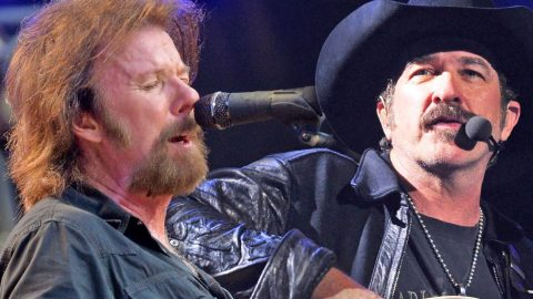 Brooks & Dunn Rocks 'My Maria' In Memorable Live Performance | Country Music Videos