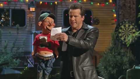 Jeff Dunham's Redneck Puppet Writes Letter To Santa Filled With Sidesplitting Laughter   Country Music Videos