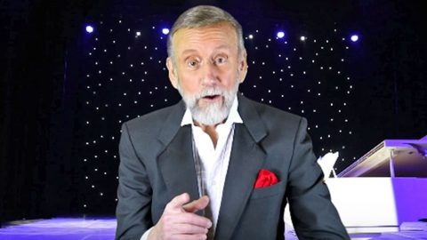 Country Music's Funnyman Ray Stevens To Celebrate Grand Opening of New Music Venue | Country Music Videos