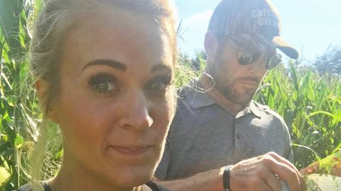 Carrie Underwood & Mike Fisher Face Off Against A Corn Maze…The Corn Maze Wins | Country Music Videos