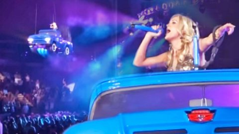 Carrie Underwood Cruises Over Crowd In Pickup Truck Singing 'Take Me Home, Country Roads' | Country Music Videos
