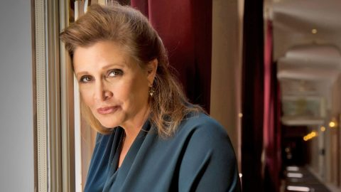 'Star Wars' Icon Carrie Fisher Passes Away At 60   Country Music Videos