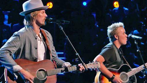 Team Blake Members Nail Battle Performance Of CCR Mega Hit | Country Music Videos