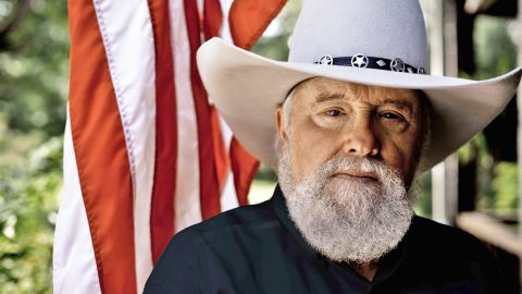 Charlie Daniels Weighs In On Confederate Flag Controversy | Country Music Videos