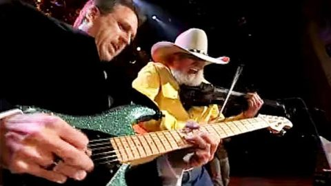 Charlie Daniels Band – Devil Went Down to Georgia (LIVE @ the Grand Ole Opry) | Country Music Videos