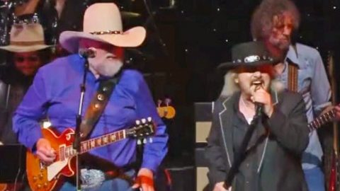 """Donnie Van Zant & Charlie Daniels Singing 'Down South Jukin"""" Is The Best Thing You'll Hear All Day 