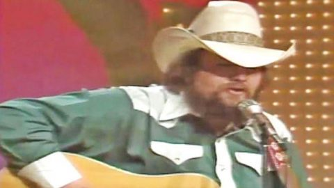 Watch A Young Charlie Daniels Flawlessly Sing One Of His Earliest Hits | Country Music Videos