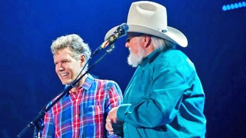 Randy Travis Makes Surprise CMA Fest Appearance With Charlie Daniels | Country Music Videos