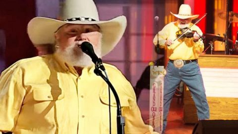 Charlie Daniels Band – Devil Went Down to Georgia (LIVE) | Country Music Videos