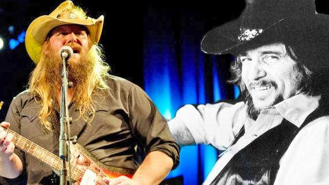 Chris Stapleton Brings Country Music To Its Roots With Waylon Jennings Tribute | Country Music Videos