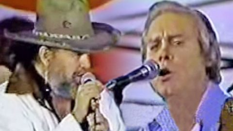George Jones & David Allan Coe Bring Down The House With Intoxicating 'Tennessee Whiskey' Duet | Country Music Videos