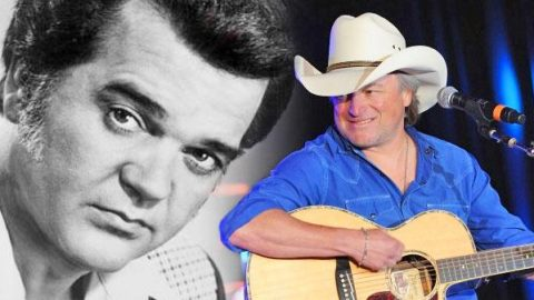 """Mark Chesnutt Covers Conway Twitty's """"You've Never Been This Far Before"""" (LIVE) (VIDEO) 