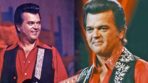 """Conway Twitty's Incredible Live Performance of """"The Games Daddies Play"""" (VIDEO) 