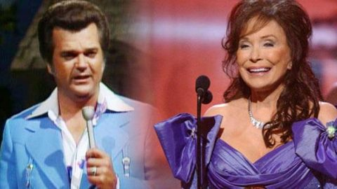 Conway Twitty & Loretta Lynn – Never Ending Song Of Love (VIDEO) | Country Music Videos