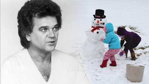 Conway Twitty – Snow For Johnny (VIDEO) | Country Music Videos