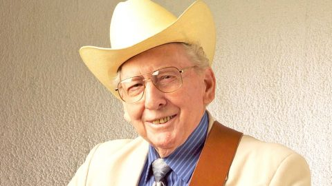 Renowned Bluegrass Singer & Musician Passes Away At 98   Country Music Videos