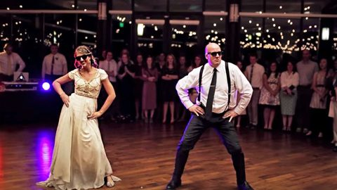 Father & Bride Electrify Crowd When Tender Dance Takes Insanely Epic Turn | Country Music Videos