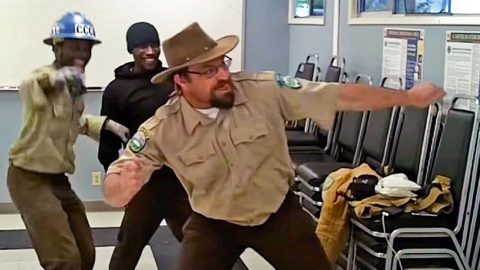 Park Rangers Have A Dance Off… And The Winner Will Leave You Speechless! | Country Music Videos