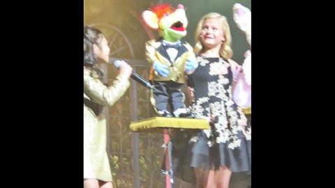 Ventriloquist Darci Lynne Teams Up With AGT Star For Mind-Blowing Performance | Country Music Videos