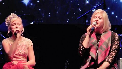Singing Ventriloquist Darci Lynne And Her Mom Team Up For Heavenly 'Silent Night' Duet | Country Music Videos