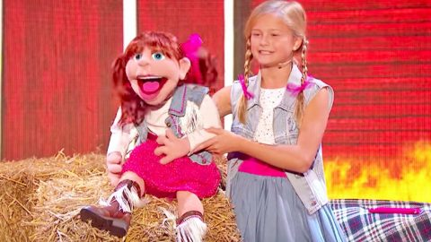 Darci Lynne Blows Audience Away Yodeling With Puppet To 'Cowboy's Sweetheart' | Country Music Videos