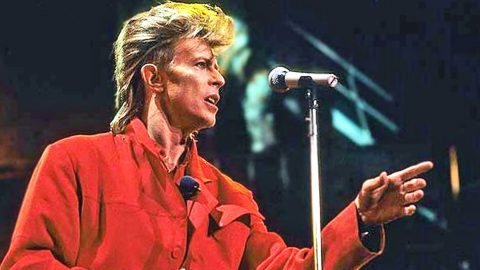 Rock Legend Davie Bowie Passes Away At 69 And Country Stars Mourn   Country Music Videos