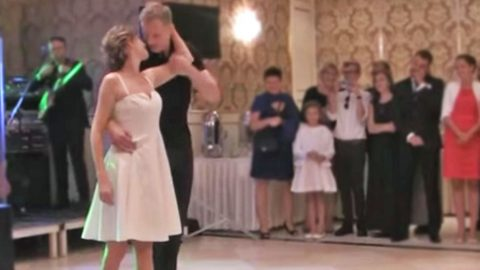 Bride & Groom Channel 'Dirty Dancing' For The Most Extraordinary Wedding Dance You'll Ever See | Country Music Videos