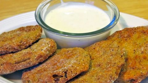 DIY: Y'all Need To Try This Tasty Southern Fried Green Tomato Recipe! (WATCH)   Country Music Videos
