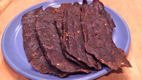 DIY: Easy & Flavorful Homemade Beef Jerky (WATCH) | Country Music Videos