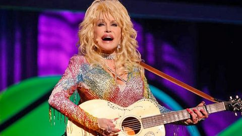 Dolly Parton Makes Announcement Fans Have Been Waiting 25 Years For | Country Music Videos