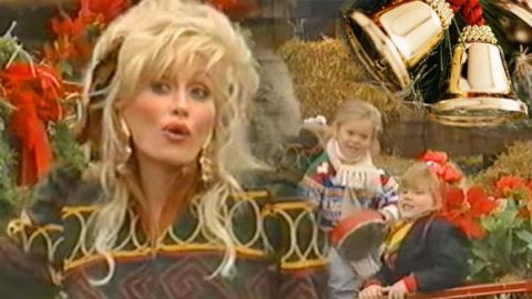 "Dolly Parton Sings ""Jingle Bells"" With Nieces and Nephews (VIDEO) 