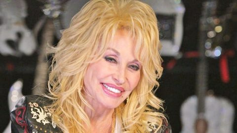 Dolly Parton Shares Lengths She Took To Prepare Husband For Vow Renewal | Country Music Videos
