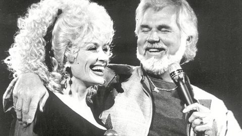 Romance rumors always swirled around kenny rogers dolly parton romance rumors always swirled around kenny rogers dolly parton heres the truth m4hsunfo