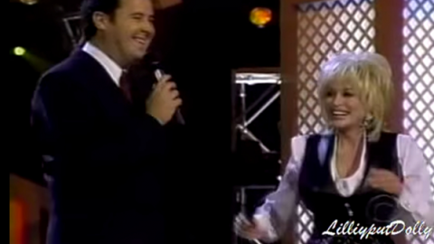 Dolly Parton & Vince Gill – Hey Good Lookin' (@ The 75th Grand Ole Opry) (WATCH) | Country Music Videos