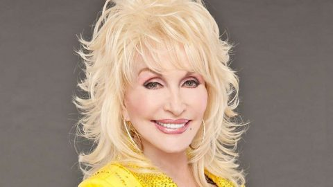 Dolly Parton Releases Dates For First Tour In 25 Years | Country Music Videos