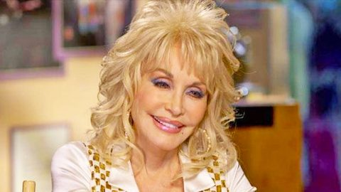 50 Years Later, Dolly Parton Finally Got Her Dream Wedding | Country Music Videos