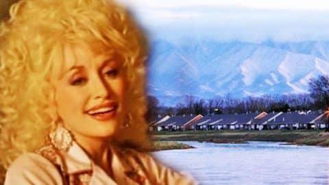 Dolly Parton – Smoky Mountain Christmas (VIDEO) | Country Music Videos