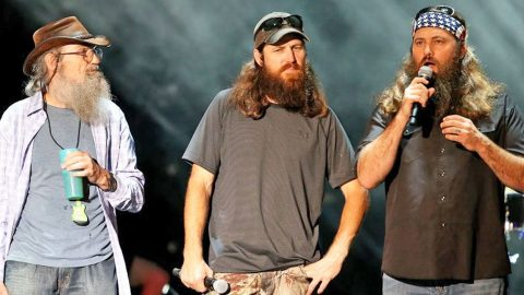 'Duck Dynasty' Makes Announcement No One Saw Coming | Country Music Videos