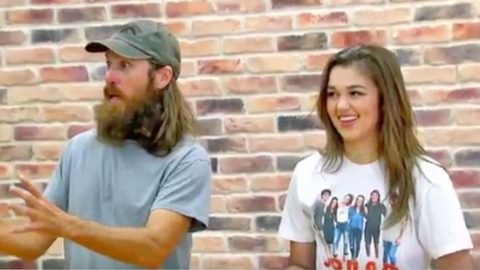 Sadie Robertson Teaches Her Family How To Dance, And It's Hysterical | Country Music Videos