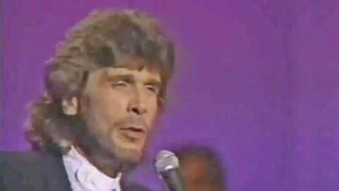 Drop Everything & Watch Eddie Rabbitt Sing The Hit He Wrote For Elvis Presley | Country Music Videos