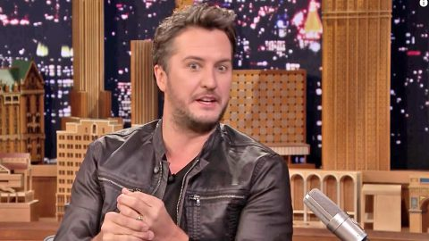 Luke Bryan Comes Clean About Embarrassing Wardrobe Malfunction At Recent Concert   Country Music Videos